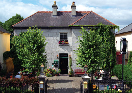 Gleeson's Townhouse, Roscommon