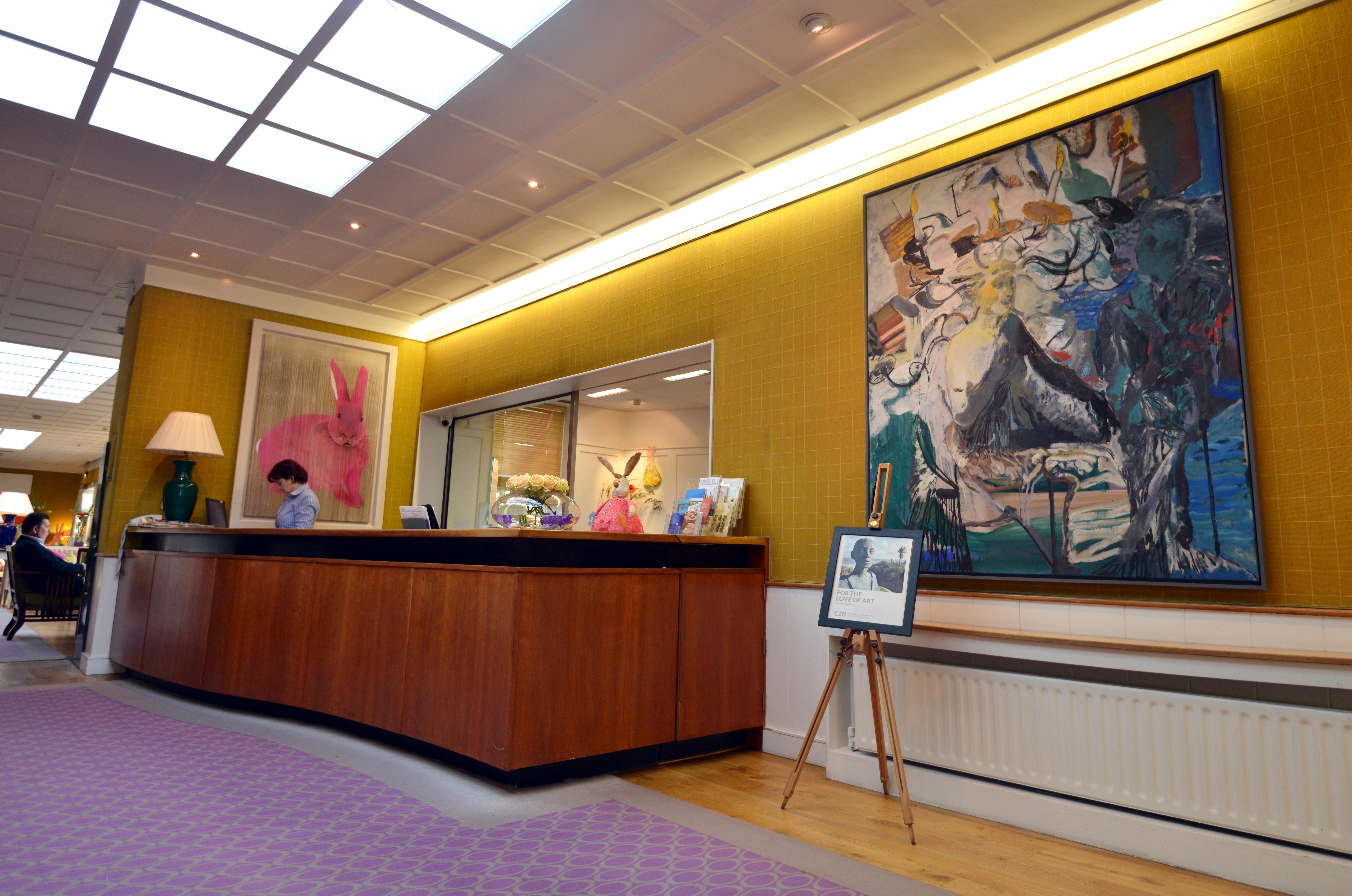 A Wexford Wonder  Kelly U0026 39 S Hotel Art Collection     U2013 P U00f3l  U00d3 Conghaile