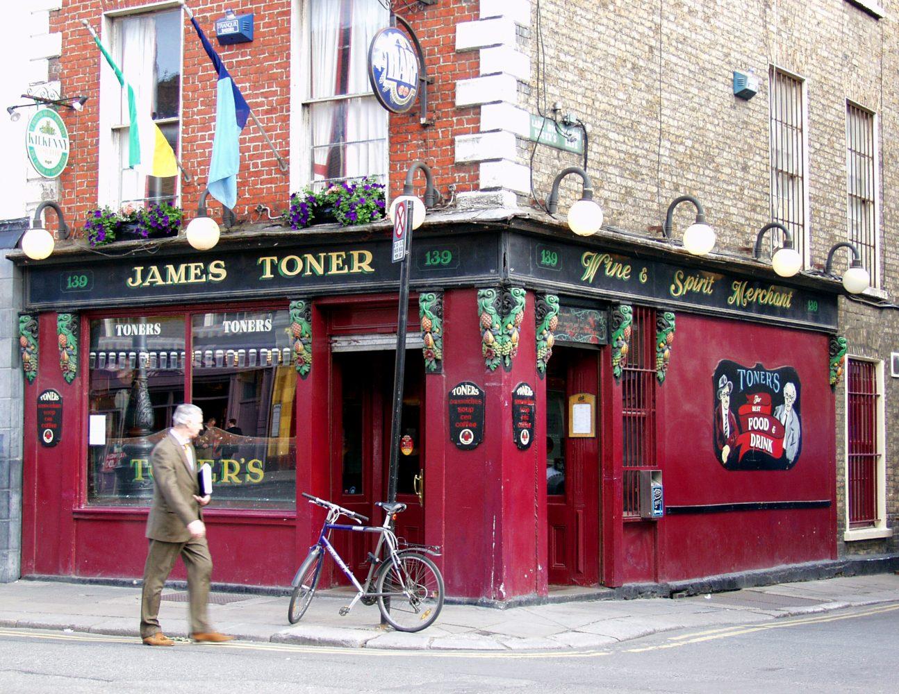 10 Best Old Dublin Pubs – Pól Ó Conghaile
