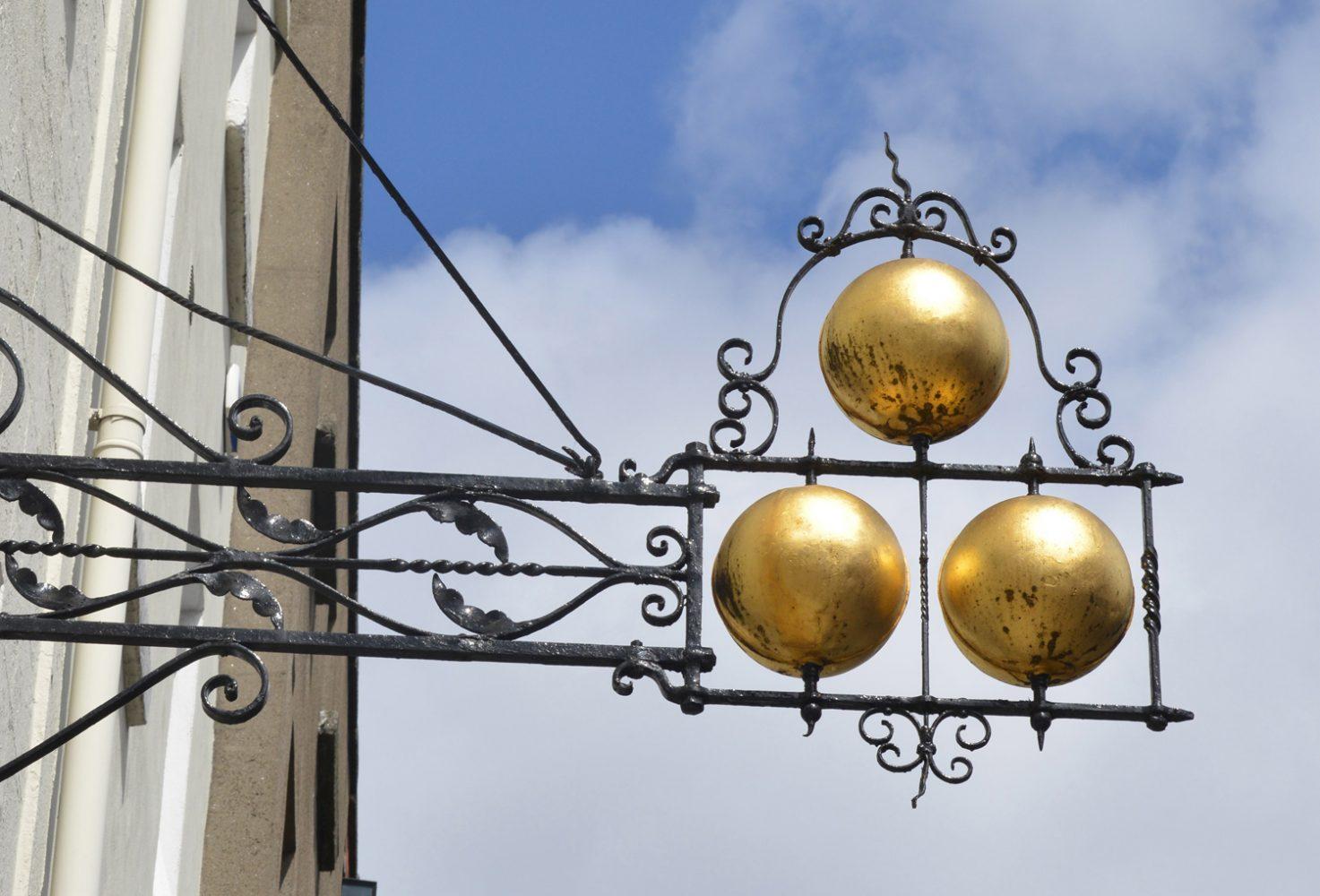 Capel Street, Dublin, Pawnbrokers
