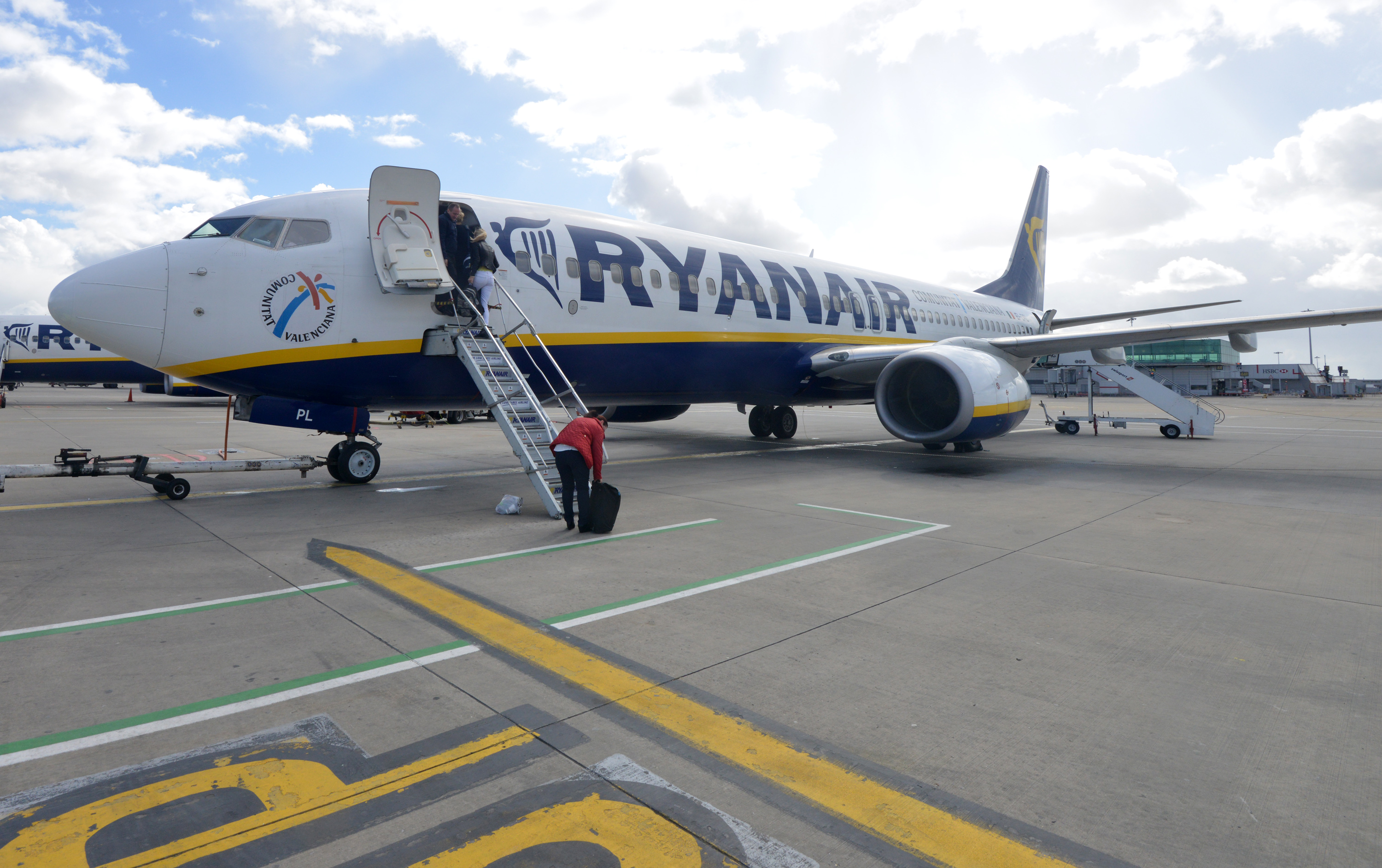 ryanair vs oticon The oticon on app is also used to connect users to their oticon ifttt channel please note 1 the on app for android will not enable you to use your hearing aids for direct audio streaming from your.